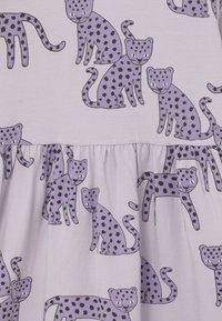 Lindex - MINI LEO - Žerzejové šaty - light lilac - 2