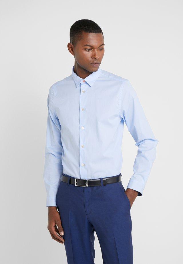 SHIRT SLIM FIT - Formální košile - light blue