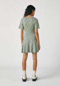 PULL&BEAR - Denní šaty - dark green - 2