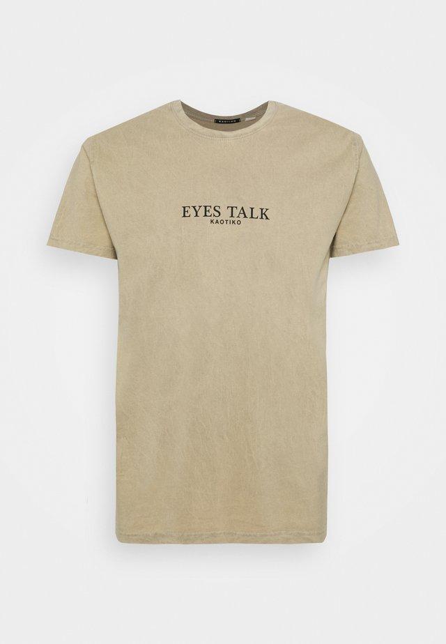 EYES TALK - T-shirt imprimé - stone