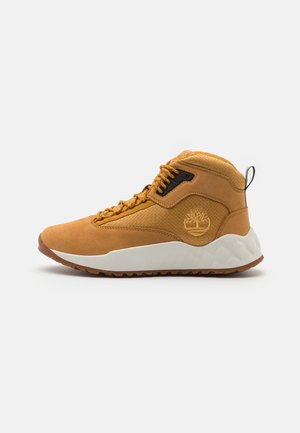 SOLAR WAVE MID - Sneakersy wysokie - wheat