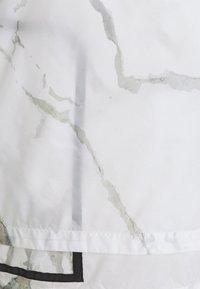 EA7 Emporio Armani - 2-IN-1 - Summer jacket - off-white - 5