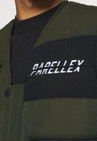 PARELLEX - VOSTON UTILITY VEST - Waistcoat - khaki - 5