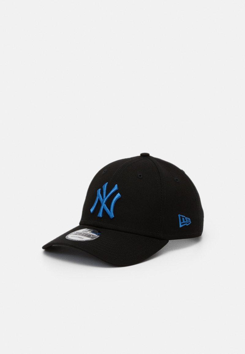 New Era - LEAGUE ESSENTIAL 9FORTY UNISEX - Cap - black/blue