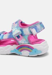 Skechers - RAINBOW RACER - Sandaler - pink/blue - 6