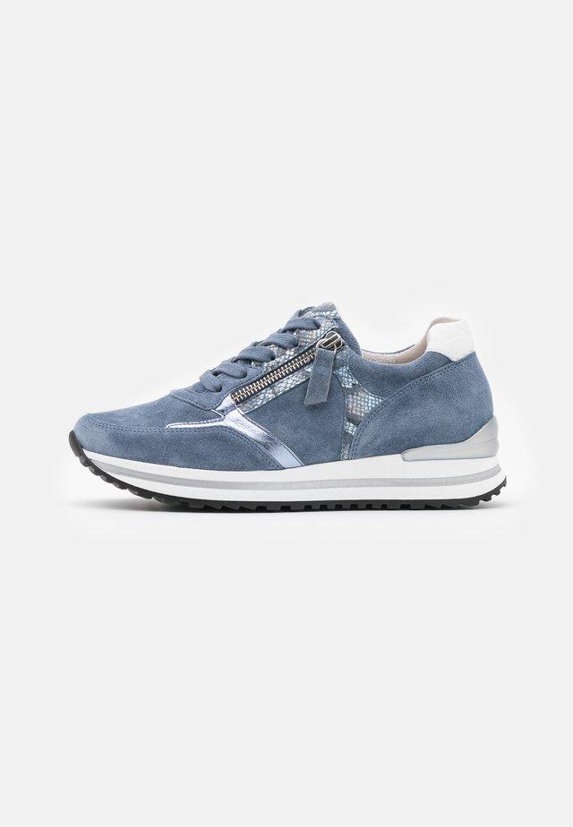 Sneakers - nautic/azur/weiß