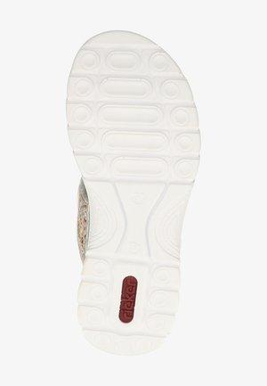 Walking sandals - pebble-multi/silverflower 90