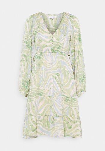 LOLA CATO DRESS - Day dress - jungle fever