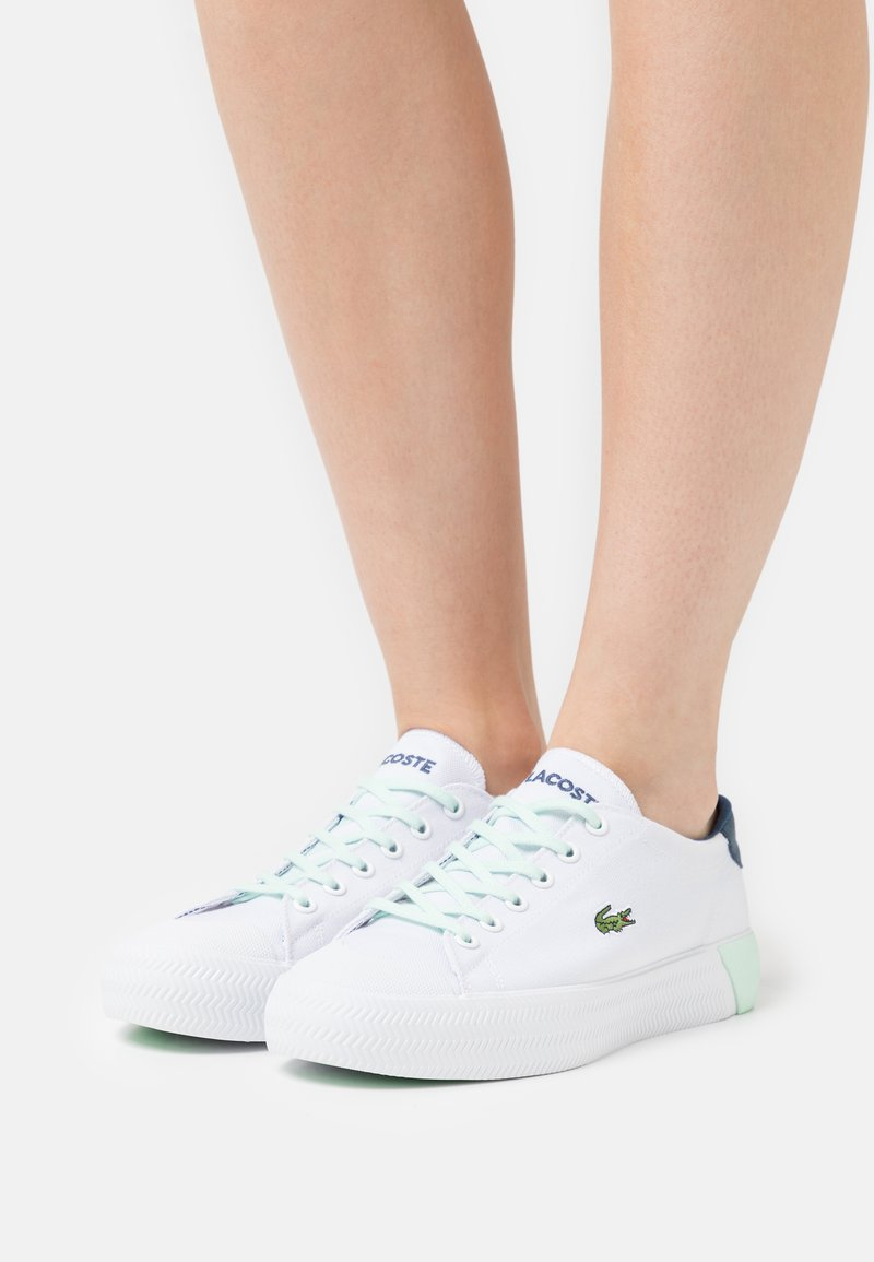 Lacoste - GRIPSHOT  - Trainers - white/light blue