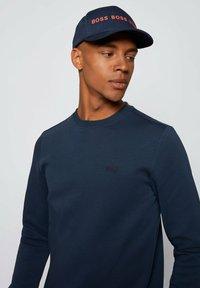 BOSS - SALBO - Sweatshirt - dark blue - 3