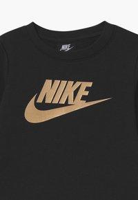 Nike Sportswear - GIRLS CREW - Sudadera - black - 2