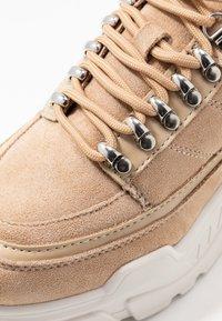 River Island - Sneakers - beige - 2