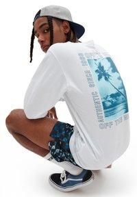Vans - MN MOONSTONE BEACH LS - Long sleeved top - white - 1