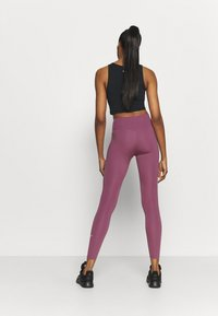 Nike Performance - ONE - Tights - light mulberry - 2