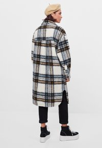 Bershka - Classic coat - stone - 2