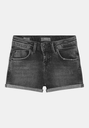 JUDIE - Denim shorts - dias wash