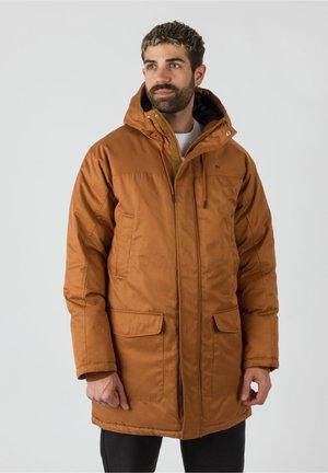 Winter coat - auburn