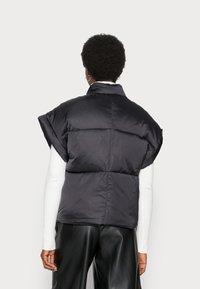 Lounge Nine - VEST - Waistcoat - pitch black - 2