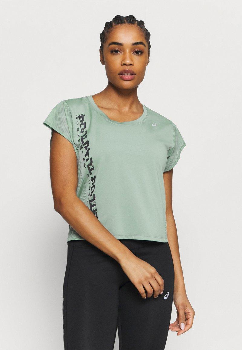 ASICS - RUN - T-Shirt print - slate grey/graphite grey