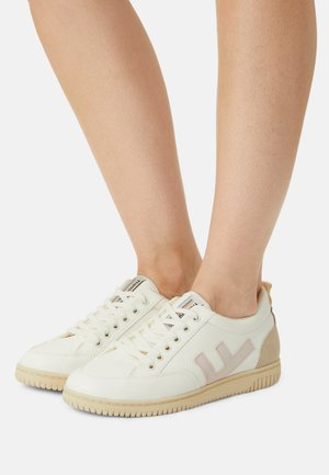 VEGAN ROLAND  - Trainers - white nude ivory