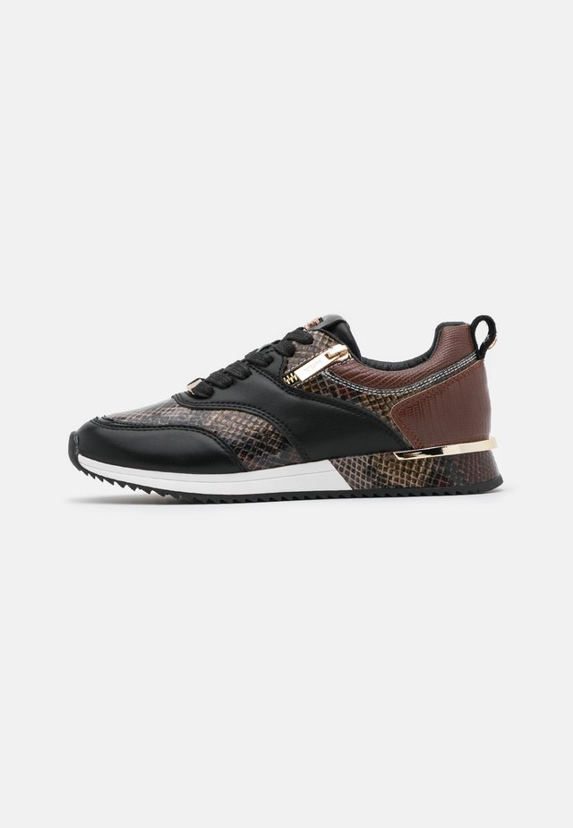 FINNI - Sneakers laag - brown/black/grey