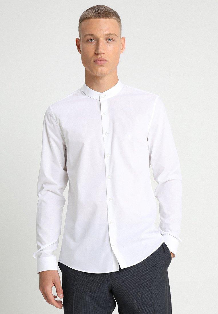 Calvin Klein Tailored - POPLIN STRETCH EXTRA SLIM - Hemd - white