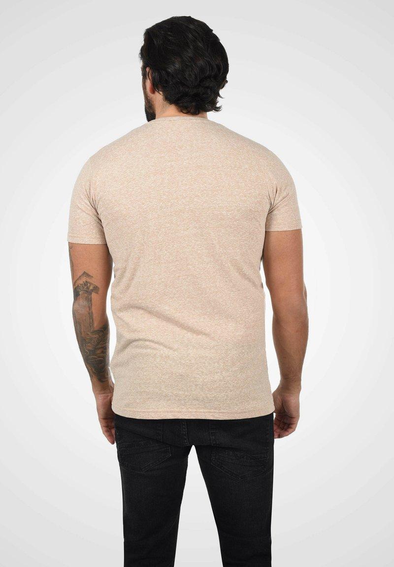 Solid T-Shirt print - curds & whey melange/rosa wlUFQt