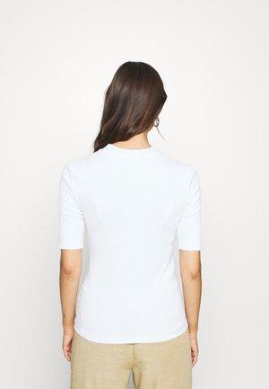 CHARLIE SLIM HIGH - Basic T-shirt - white