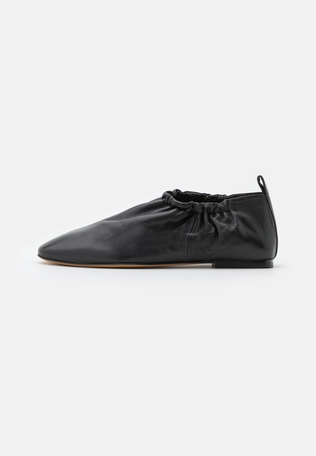 ROUCHED  - Mocassins - black