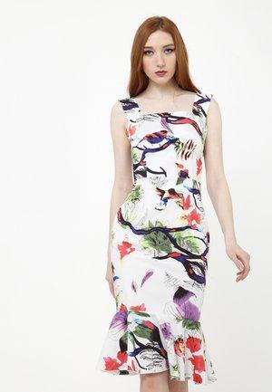 ROMANA - Shift dress - weiß/lila