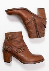 Belstaff - TRIALMASTER SHORT - Ankle boots - cognac - 3