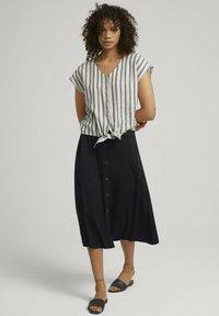 TOM TAILOR DENIM - Blouse - black beige stripe - 1