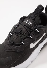 Nike Sportswear - AIR MAX 270 RT - Sneakers basse - black/white - 2