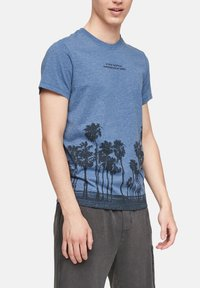 QS by s.Oliver - Print T-shirt - blue - 3