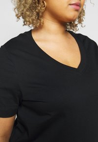 Selected Femme Curve - SLFANDARD NECK TEE - Jednoduché triko - black - 5
