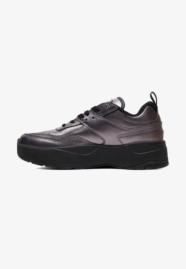 Sneakers laag - metallic anthracite