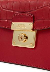 Lauren Ralph Lauren - CROSSBODY MINI - Across body bag - red - 4