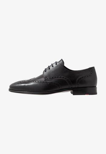 MORTON - Elegantní šněrovací boty - schwarz