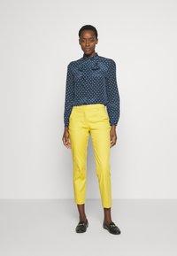 WEEKEND MaxMara - SPAGNA - Button-down blouse - ultramarine - 1