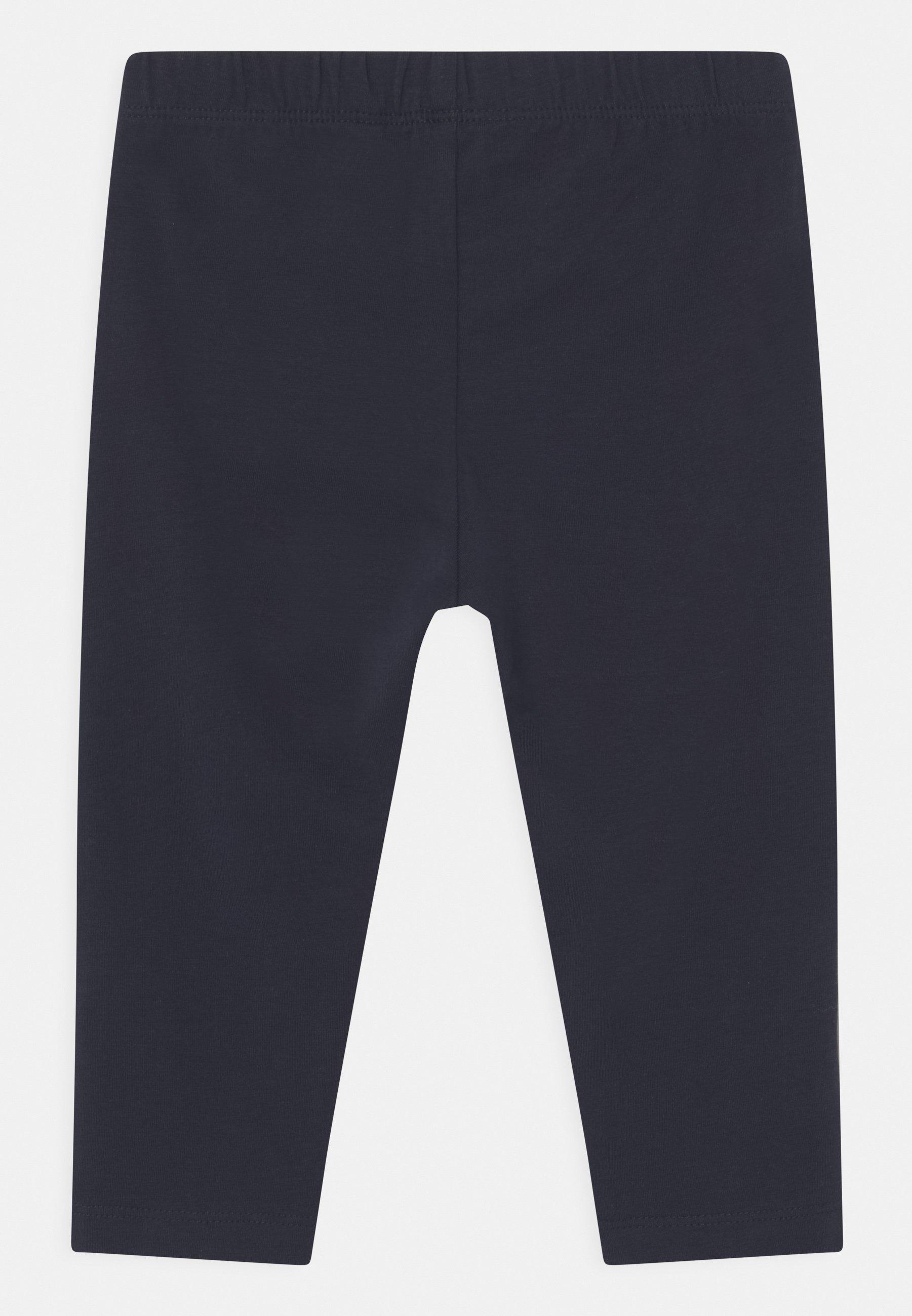 Kids NKFVIVIAN CAPRI - Shorts