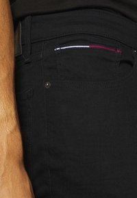 Tommy Jeans - AUSTIN SLIM  - Slim fit jeans - new black - 3