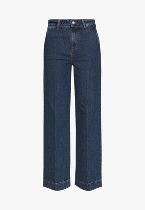 SLFGENE SPRUCE - Flared Jeans - dark blue denim