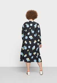 Glamorous Curve - MIDAXI DRESS WITH PUFF LONG SLEEVES - Day dress - black - 2