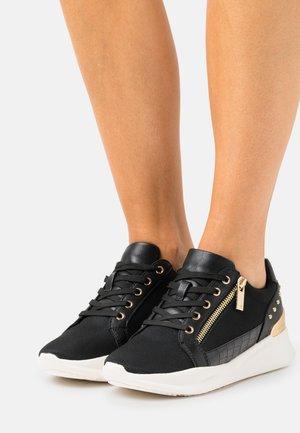 FRELIDDA - Sneakers basse - black