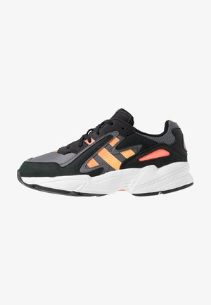 YUNG-96 CHASM - Trainers - core black/semi coral/solar red