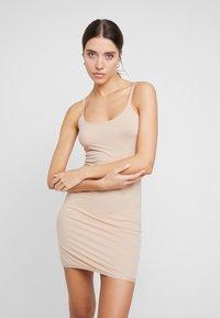 Chantelle - SOFT UNTERKLEID - Shapewear - nude - 1
