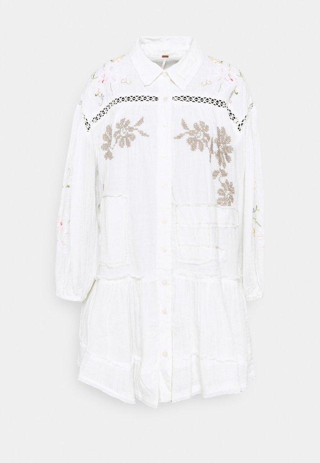LOUISA PATCHWORK MINI - Sukienka koszulowa - ivory
