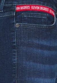 11 DEGREES - Jeans Skinny Fit - indigo wash - 2