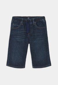 GAP - BOY - Denim shorts - dark wash - 0