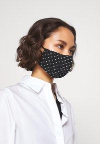 LIU JO - KIT MASCHERINA 2 PACK - Maschera in tessuto - cipria - 1